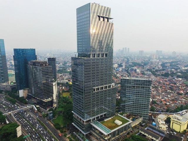 CAPITAL PLACE (FOUR SEASONS HOTEL)