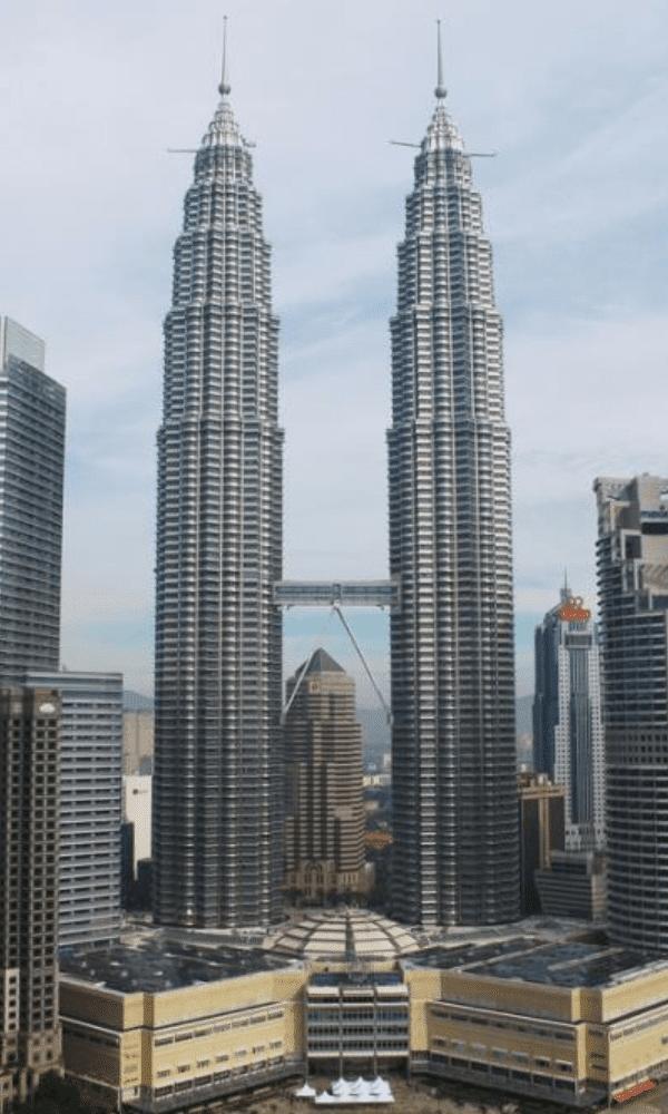 Petronas Twin Tower 1